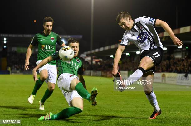 Cork , Ireland - 25 September 2017; Patrick McEleney of Dundalk in action against Steven Beattie of Cork City during the SSE Airtricity Premier...