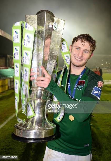 Cork , Ireland - 27 October 2017; Kieran Sadlier of Cork City celebrates with the SSE Airtricity League Premier Division trophy celebrates after the...