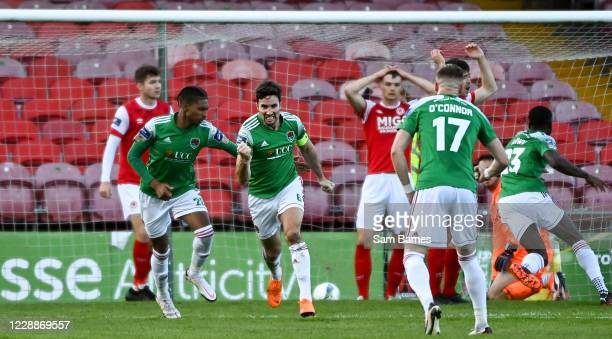 Cork , Ireland - 3 October 2020; Gearóid Morrissey of Cork City, second from left, celebrates with team-mates, Ricardo Dinanga, left, and Kevin...