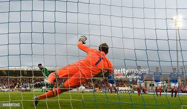 Cork Ireland 7 July 2016 Sean Maguire of Cork City shoots to score his side's first goal of the game past Linfield goalkeeper Roy Carroll during the...