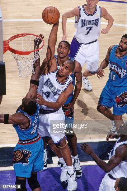 Corliss Williamson of the Sacramento Kings shoots against the Vancouver Grizzlies circa 1996 at Arco Arena in Sacramento California NOTE TO USER User...