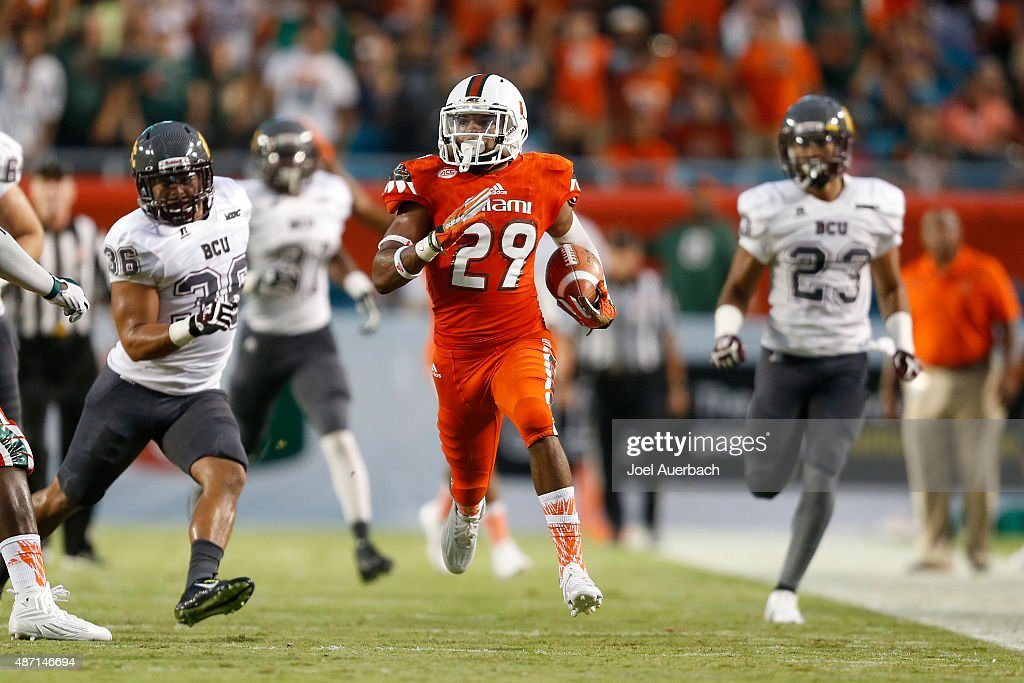 Bethune-Cookman v Miami : News Photo