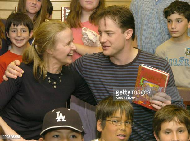 Cornelia Funke and Brendan Fraser at signing of Inkheart joined by 5th grade students
