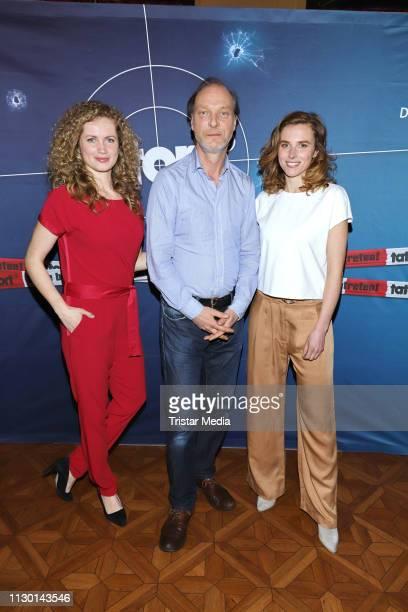 Cornelia Groeschel Karin Hanczewski and Martin Brambach attend the 'Tatort Das Nest' photo call on March 12 2019 in Hamburg Germany