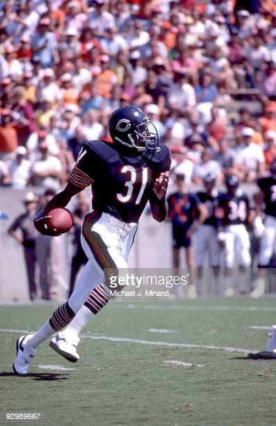 Corner Back Ken Taylor of the Chicago Bears picks up the kick off and runs for yardage in open field in a NFL game against the Tampa Bay Buccaneers...