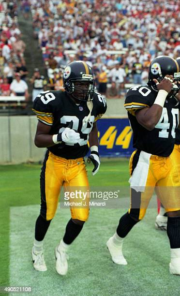 Corner Back Kenny McEntyre of the Pittsburgh Steelers comes onto the field at Tampa Stadium for a NFL game against the Tampa Bay Buccaneers on August...