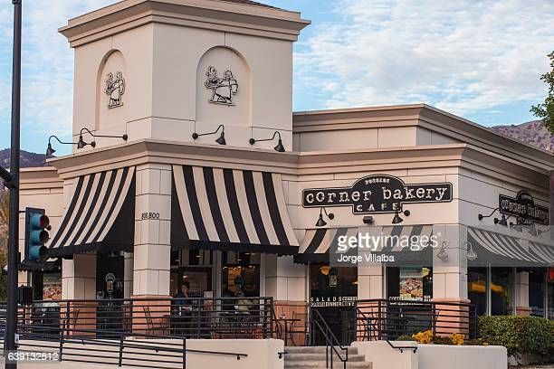 corner bakery cafe in california - corner marking stock pictures, royalty-free photos & images
