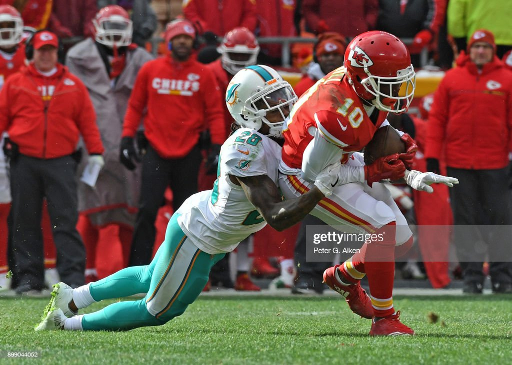 Miami Dolphins v Kansas City Chiefs