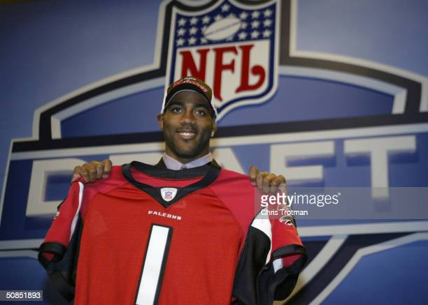 Cornerback DeAngelo Hall smiles after he was selected eighth overall by the Atlanta Falcons at the 2004 NFL Draft on April 24 2004 at Madison Square...