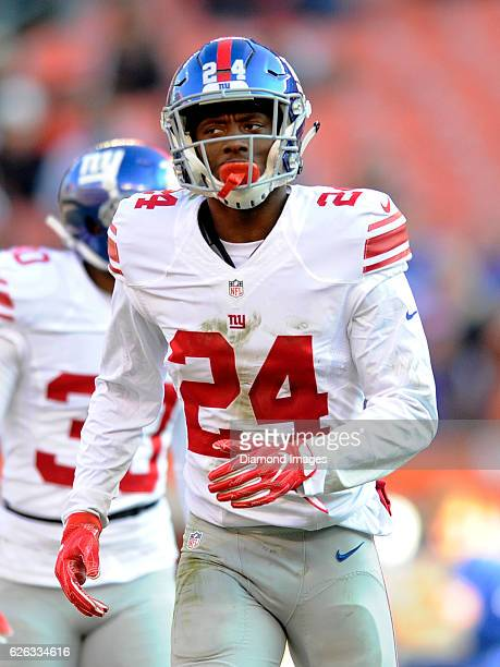 Cornerback Eli Apple of the New York Giants runs to his position during a game against the Cleveland Browns on November 27 2016 at FirstEnergy...