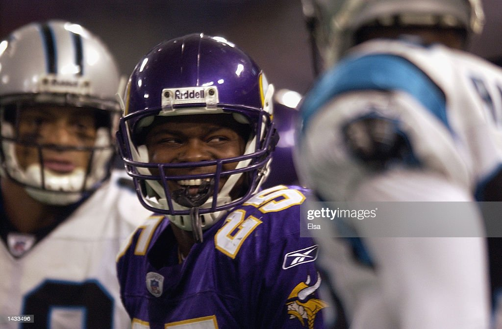 Cornerback Eric Kelly #25 of the Minnesota Vikings smiles after the play against the Carolina Panthers during the game on September 22, 2002 at the Hubert H. Humphrey Metrodome in Minneapolis, Minnesota. The Panthers defeated the Vikings 21-14.