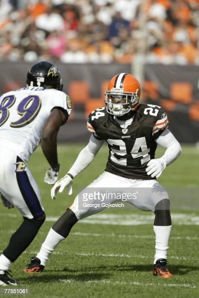 Cornerback Eric Wright of the Cleveland Browns covers wide receiver Mark Clayton of the Baltimore Ravens at Cleveland Browns Stadium on September 30...