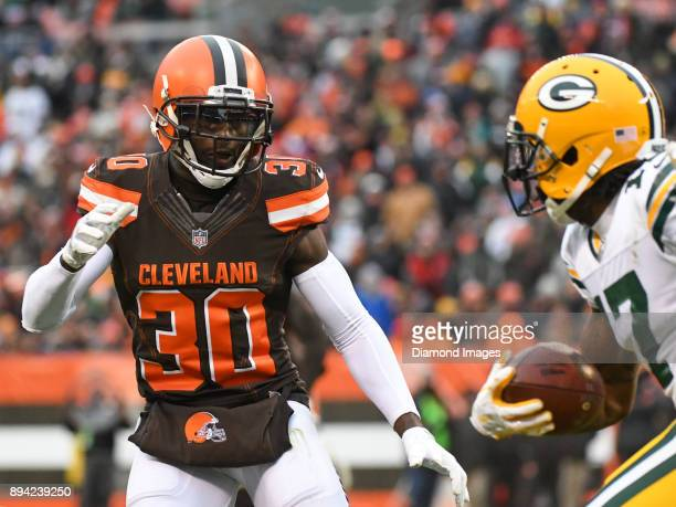 Cornerback Jason McCourty of the Cleveland Browns pursues wide receiver Devante Adams of the Green Bay Packers in the fourth quarter of a game on...