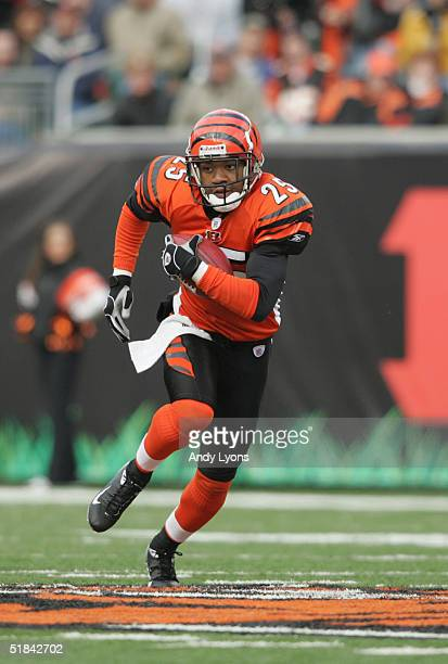 Cornerback Keiwan Ratliff of the Cincinnati Bengals carries the ball against the Cleveland Browns during the game at Paul Brown Stadium on November...