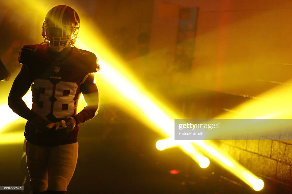 Cornerback Kendall Fuller #38 of the Washington Redskins walks onto the field prior to a game against the New York Giants at FedExField on January 1, 2017 in Landover, Maryland.