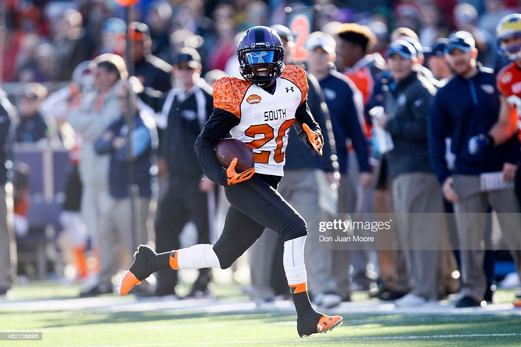 TCU Cornerback Kevin White #20 of the South Team runs back an interception during the 2015 Resse's Senior Bowl at Ladd-Peebles Stadium on January 24, 2015 in Mobile, Alabama. The North defeated the South 34-13.