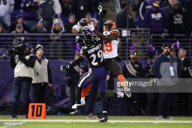 Cornerback Marlon Humphrey of the Baltimore Ravens breaks up a pass for wide receiver Breshad Perriman of the Cleveland Browns in the second quarter...
