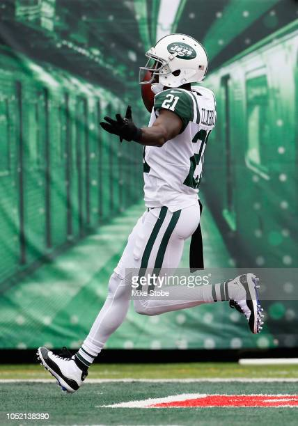 Cornerback Morris Claiborne of the New York Jets scores a touchdown against the Indianapolis Colts in the first quarter at MetLife Stadium on October...