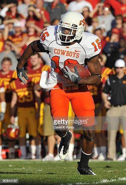 Cornerback Perrish Cox of the Oklahoma State Cowboys returns a kick off against the Iowa State Cyclones in the first half of play at Jack Trice...
