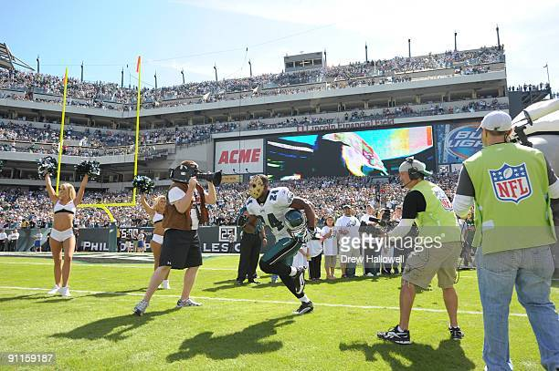 Cornerback Sheldon Brown of the Philadelphia Eagles enters the field during the game against the New Orleans Saints on September 20, 2009 at Lincoln...