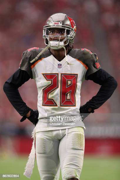 Cornerback Vernon Hargreaves of the Tampa Bay Buccaneers during the first half of the NFL game against the Arizona Cardinals at the University of...