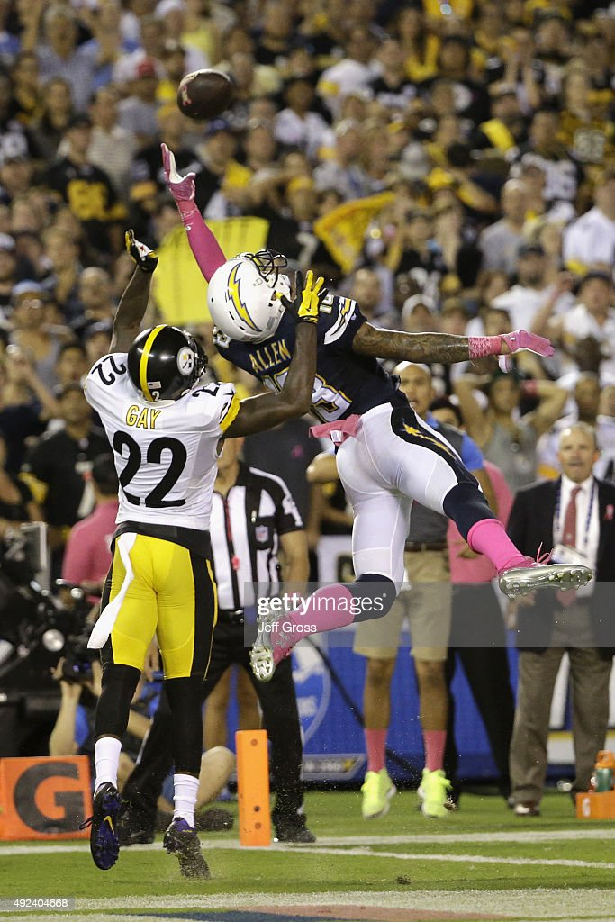 Cornerback William Gay #22 of the Pittsburgh Steelers defends tight end David Johnson #88 of the San Diego Chargers for an incomplete pass at Qualcomm Stadium on October 12, 2015 in San Diego, California.