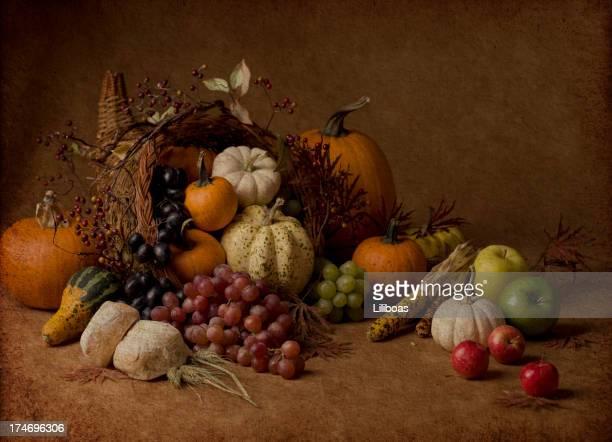 コルヌコピアに質感 - 豊穣の角 ストックフォトと画像