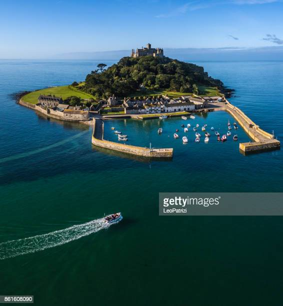 cornwall st. michaels mount summer sunrise panorama uk - cornwall england stock pictures, royalty-free photos & images
