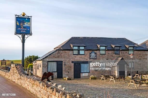 CornwallÍs most famous smugglers Inn made world-famous by Daphne du MaurierÍs Jamaica Inn novel.