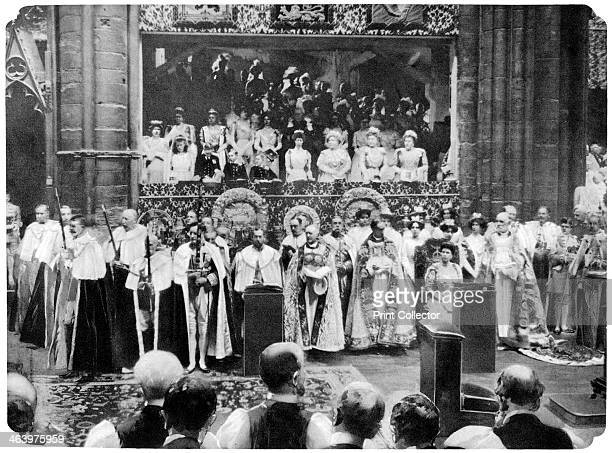 Coronation ceremony of George V Westminster Abbey London 22 June 1911 King George V and Queen Mary occupying their chairs of estate On the left are...