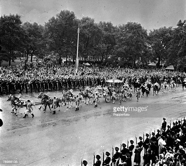 1953 Coronation of Queen Elizabeth II Coronation Procession London England The Queens Coach passes through Hyde Park 2nd June 1953