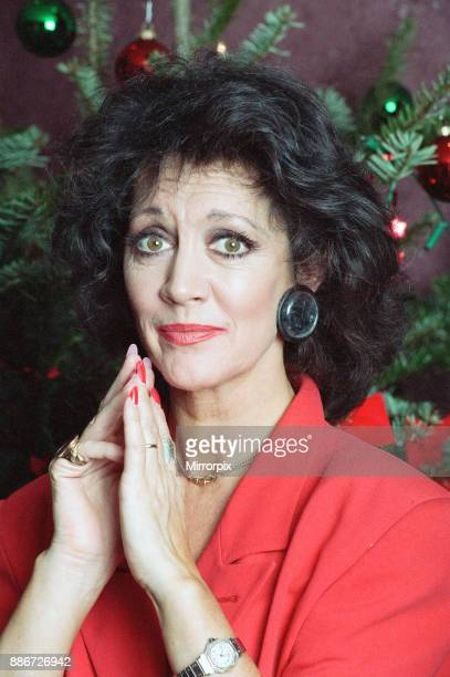 Coronation Street Christmas Photocall Amanda Barrie 19th December 1991