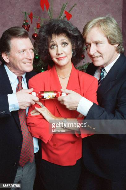 Coronation Street Christmas Photocall Johnny Briggs Amanda Barrie and William Roache 19th December 1991