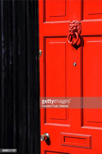 a coronation street door - howard pugh stock pictures, royalty-free photos & images
