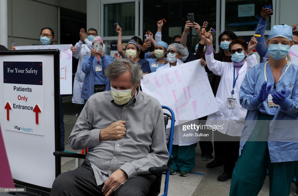San Francisco Hospital Holds Ceremony For Covid-19 Recovery Patient : News Photo