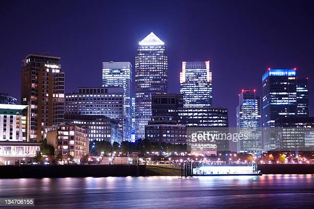 corporate finance - canary wharf stock photos and pictures