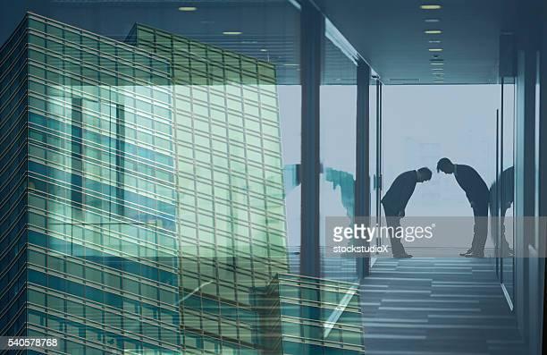 日本企業 - 合併 ストックフォトと画像