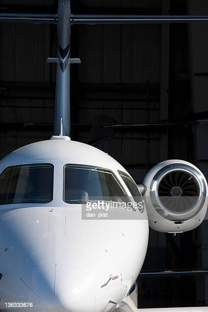 Corporate Jets im Hangar