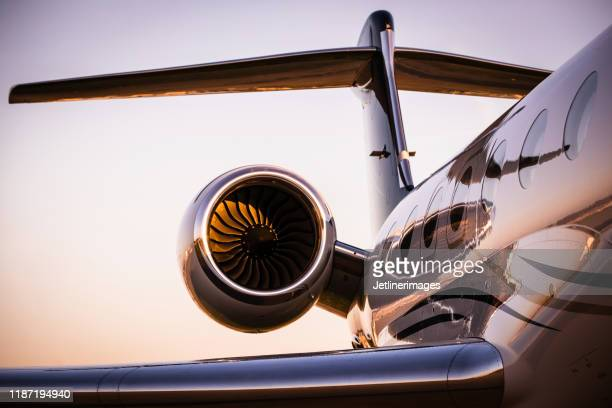 corporate jet - air vehicle stock pictures, royalty-free photos & images