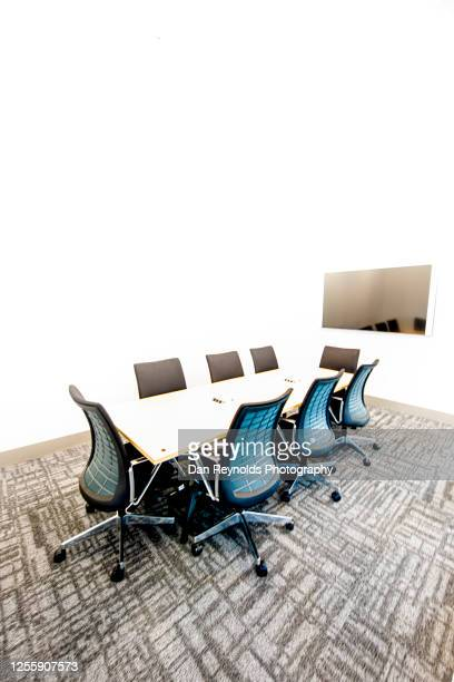 corporate meeting room hdr - employment issues stock pictures, royalty-free photos & images