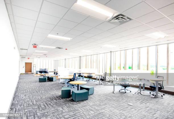 corporate office space hdr - abszess stock-fotos und bilder