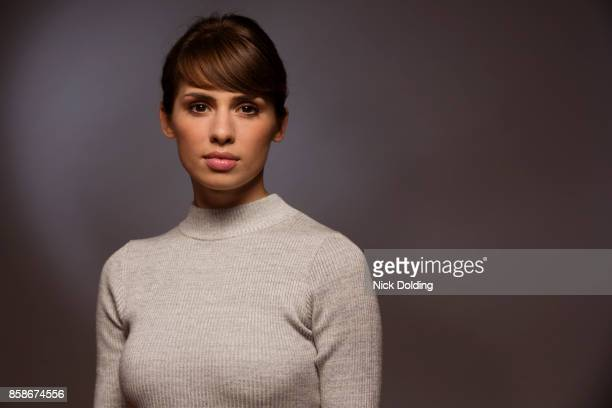 corporate portraits london 19 - one young woman only stock pictures, royalty-free photos & images
