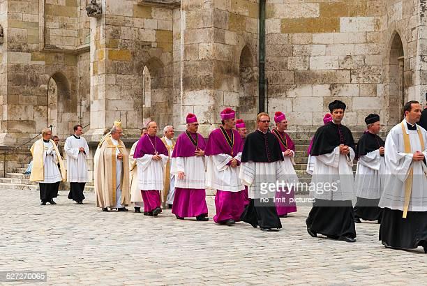 corpus christi celebration - katholizismus stock-fotos und bilder