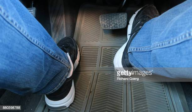 Correct foot placement when driving