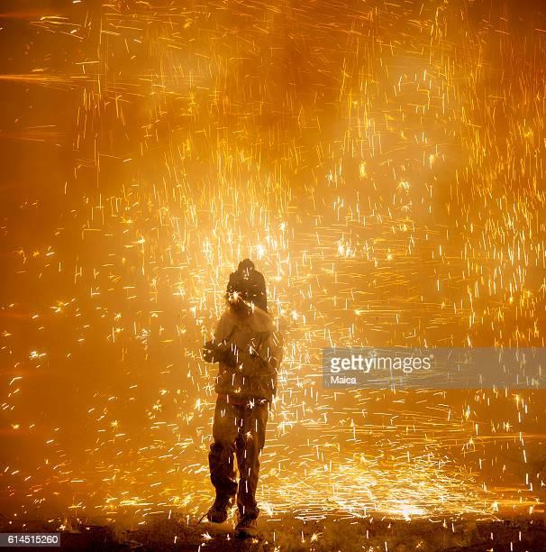 correfocs fogos de artifício - devil costume imagens e fotografias de stock