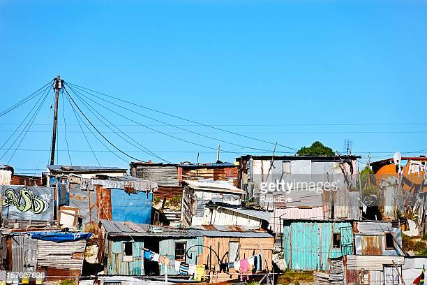 corrugated iron shacks in khayelitsha, cape town - refugee camp stock pictures, royalty-free photos & images