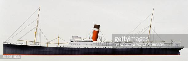 Cruise Ship Drawings Stock Photos And Pictures Getty Images - Draw a cruise ship