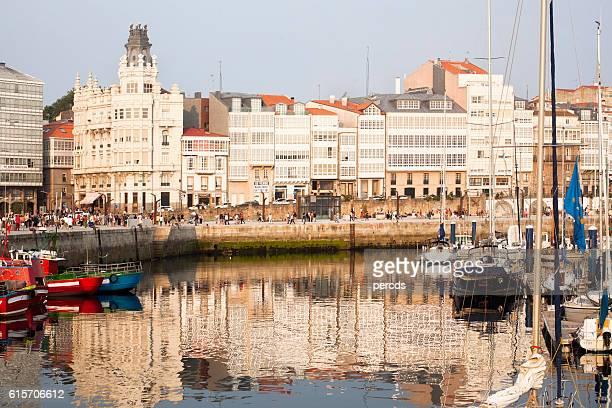 "coruña city, ""galerías"" facades, skyline and old harbor. - provincia de a coruña fotografías e imágenes de stock"