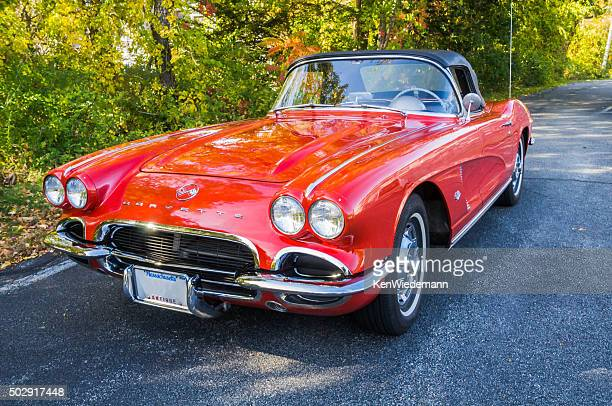 1962 corvette convertible - chevrolet corvette stock pictures, royalty-free photos & images