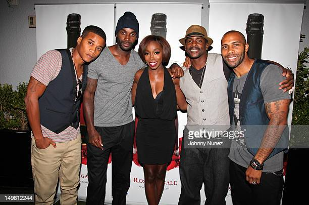 Cory Hardrict Mo McRae Estelle Keith Robinson and Omari Hardwick attend the A Wonderful Life Performance Series Featuring Estelle presented by Rosa...